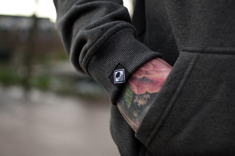 geo-hoodie-purple-3